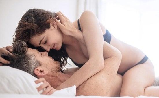 Как чередовать анальный и вагинальный секс правильно?