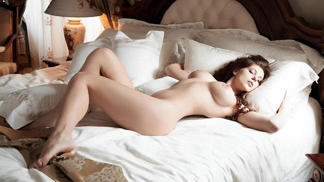 Как разбудить девушку сексом
