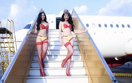 Секс в самолете. Реально ли воплотить фантазию?
