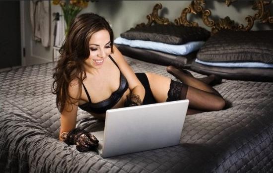 Заняться сейчас виртуальными сексом