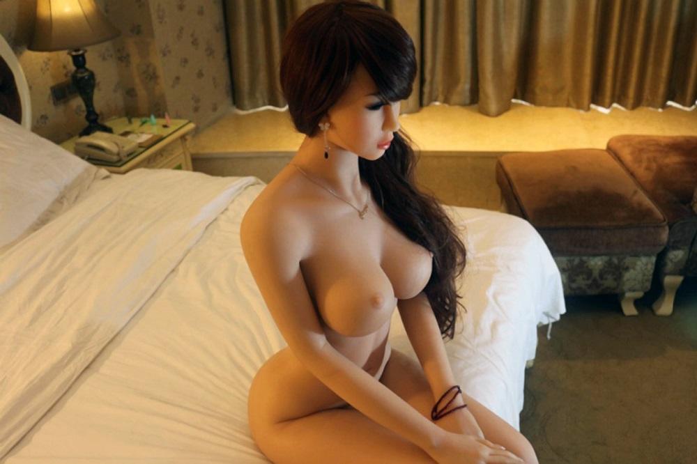 Реалистичные секс-куклы: 100 фото и способы применения
