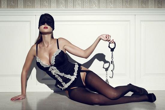10 серьезных ошибок при сексе в наручниках