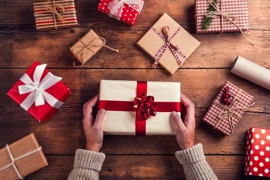 8 праздников, на которые уместно дарить секс-игрушки